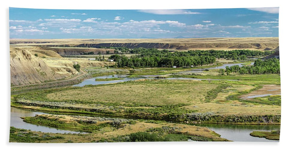 Panorama Beach Towel featuring the photograph Marias River Valley by Todd Klassy