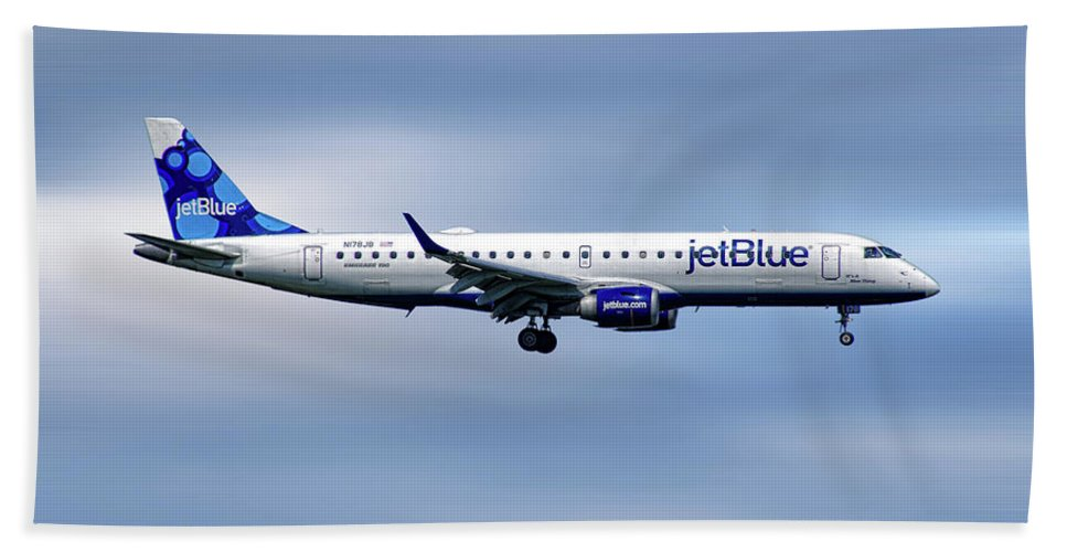 Jetblue Beach Towel featuring the mixed media Jetblue Airways Embraer Erj-190ar by Smart Aviation