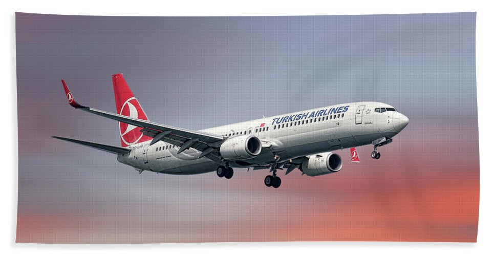 Turkish Beach Sheet featuring the mixed media Turkish Airlines Boeing 737-9f2 by Smart Aviation