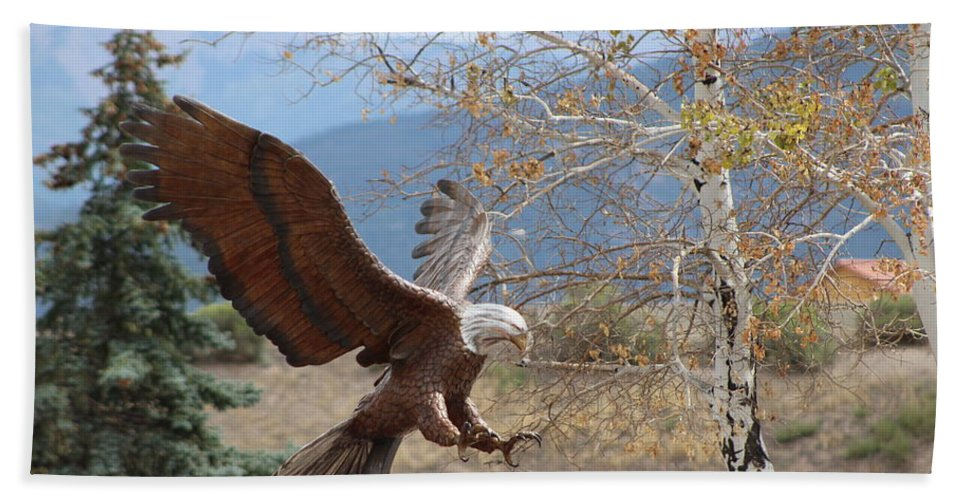 Eagle Beach Towel featuring the photograph American Eagle in Autumn by Colleen Cornelius