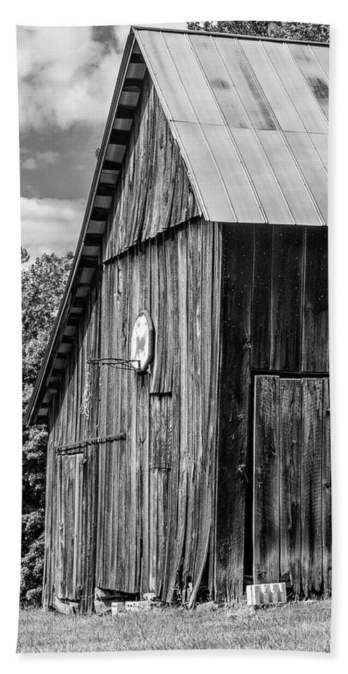 Landscape Beach Towel featuring the photograph An American Barn Bw by Steve Harrington