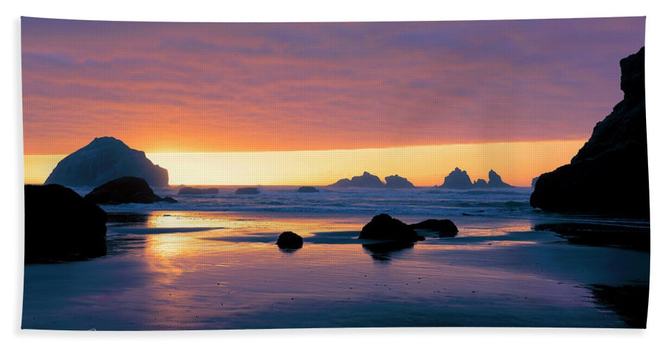 Bandon Beach Beach Towel featuring the photograph Bandon Beach Sunset 4 by Jim Thompson