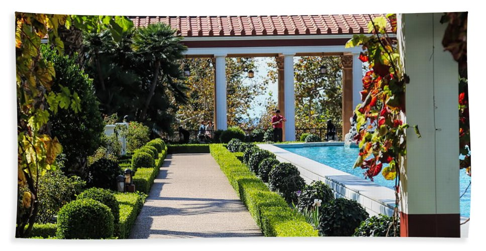 Getty Villa Beach Towel featuring the photograph Beautiful Courtyard Getty Villa by Chuck Kuhn