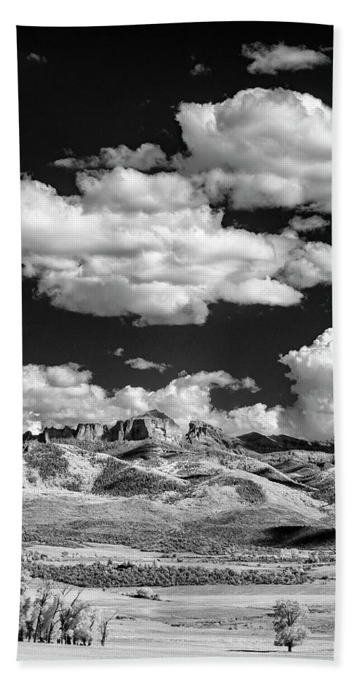 Colorado Beach Sheet featuring the photograph Colorado Valley II by Jon Glaser