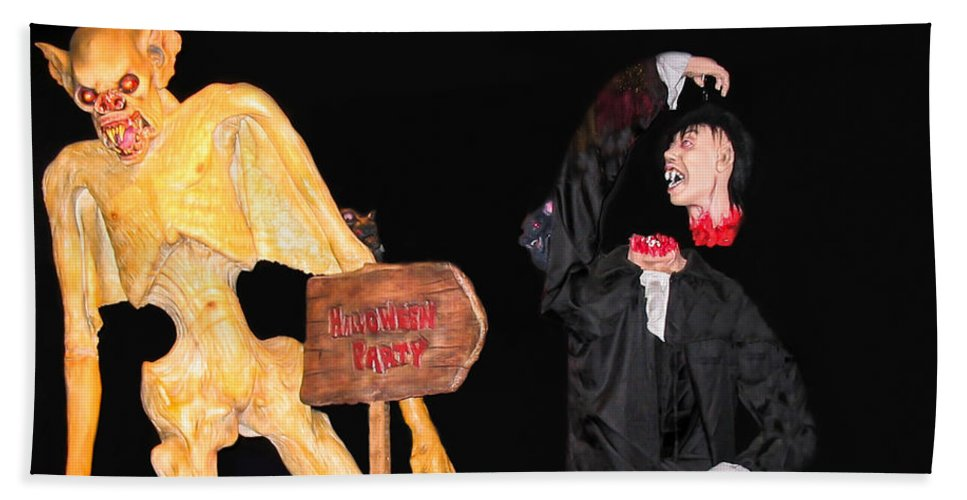 Halloween Beach Towel featuring the photograph Halloween Party by Zina Stromberg