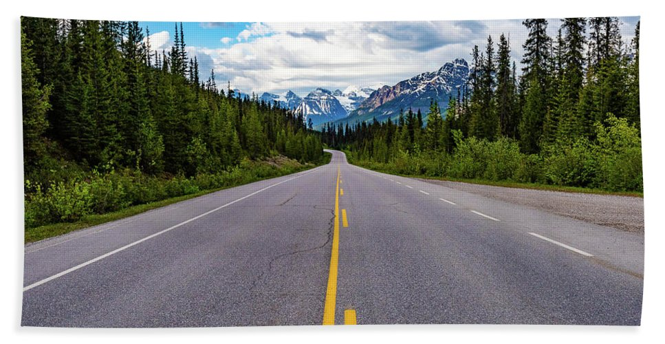 Alberta Beach Towel featuring the photograph Icefields Parkway by Joan Wallner