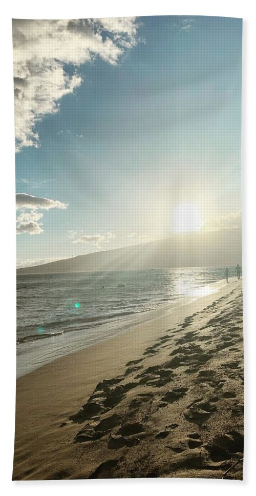 Hawaii Beach Towel featuring the photograph Maui by Kristin Rogers