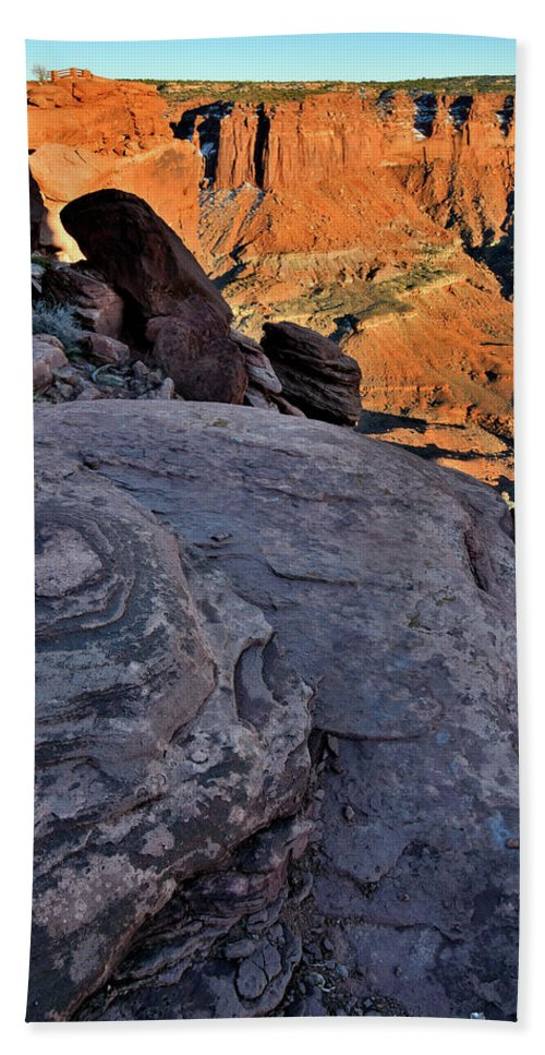 Canyonlands National Park Beach Towel featuring the photograph Sheer Cliffs At Green River Overlook In Canyonlands Np by Ray Mathis