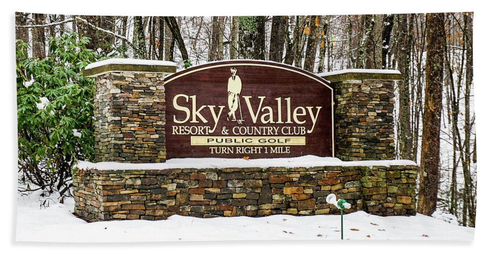 Welcome Beach Towel featuring the photograph Sky Valley Georgia Welcome Sign In The Snow by Seth Solesbee