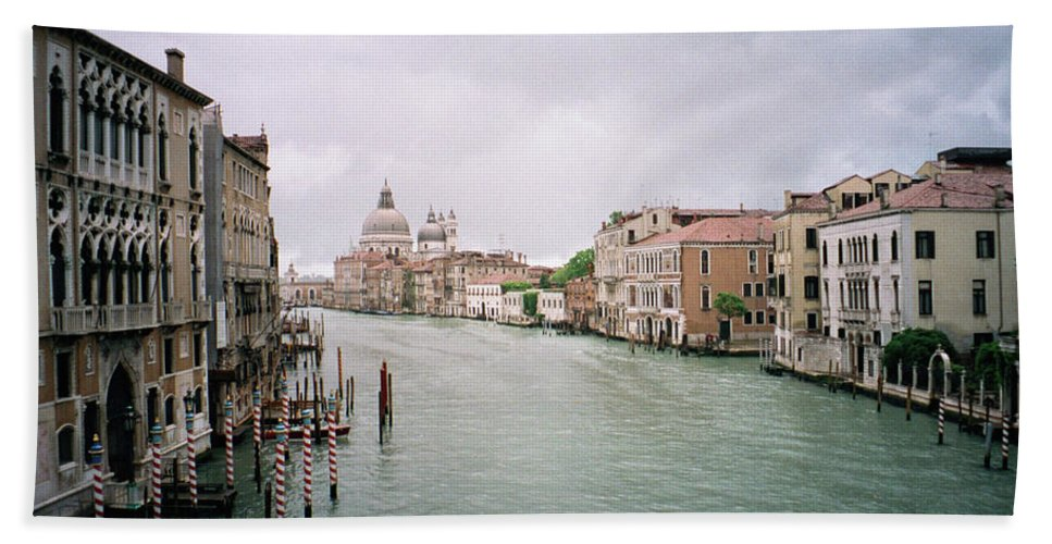 Europe Beach Towel featuring the photograph Venice Grand Canal by Dick Goodman