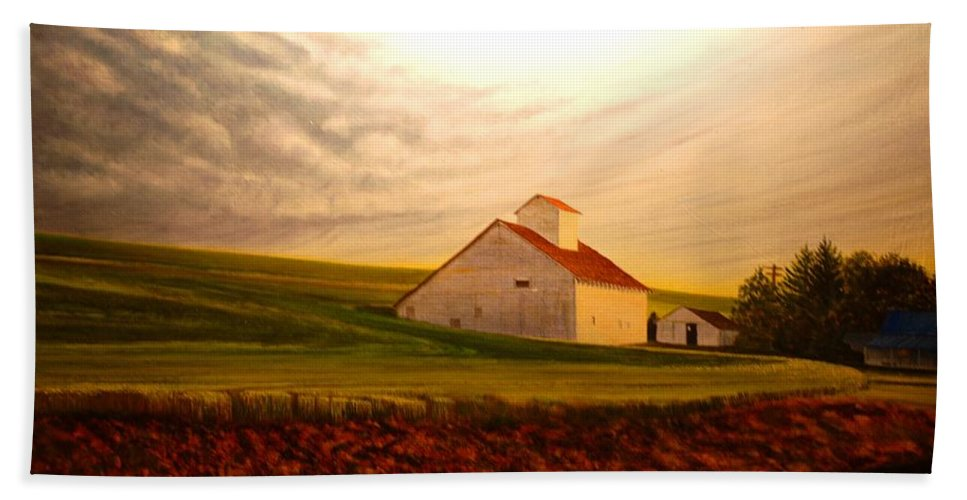 Palouse Beach Towel featuring the painting Kamiak Homestead by Leonard Heid