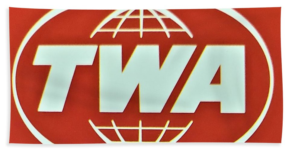 Twa Beach Towel featuring the photograph T W A by Rob Hans
