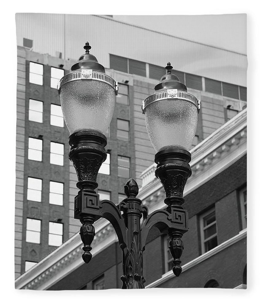 Antique Fleece Blanket featuring the photograph Streetlights - Lansing Michigan by Frank Romeo