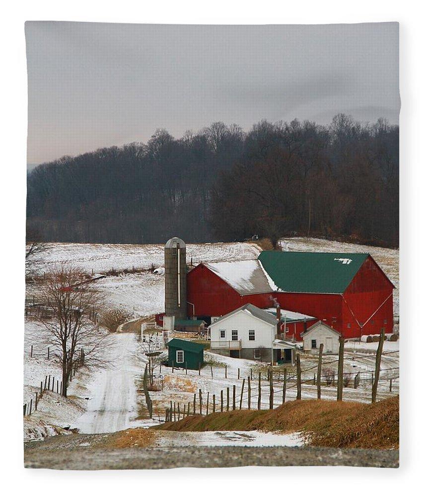 Amish Barn In Winter Fleece Blanket featuring the photograph Amish Barn In Winter by Dan Sproul