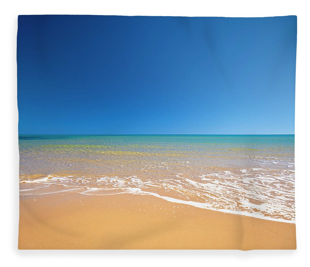 Wind Fleece Blanket featuring the photograph Beach by Spooh