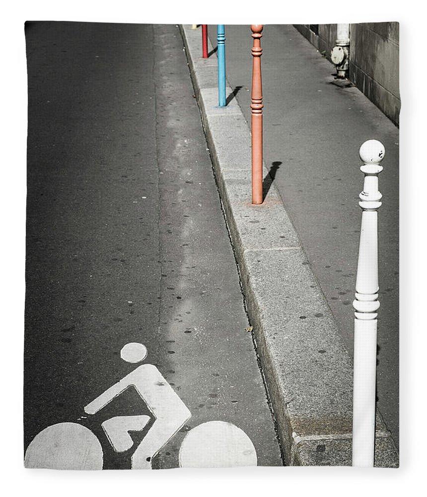 Pole Fleece Blanket featuring the photograph Bicycle Symbol In Paris by Carlos Sanchez Pereyra