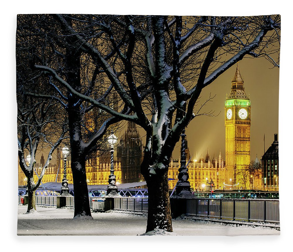 Tranquility Fleece Blanket featuring the photograph Big Ben And Houses Of Parliament In Snow by Shomos Uddin
