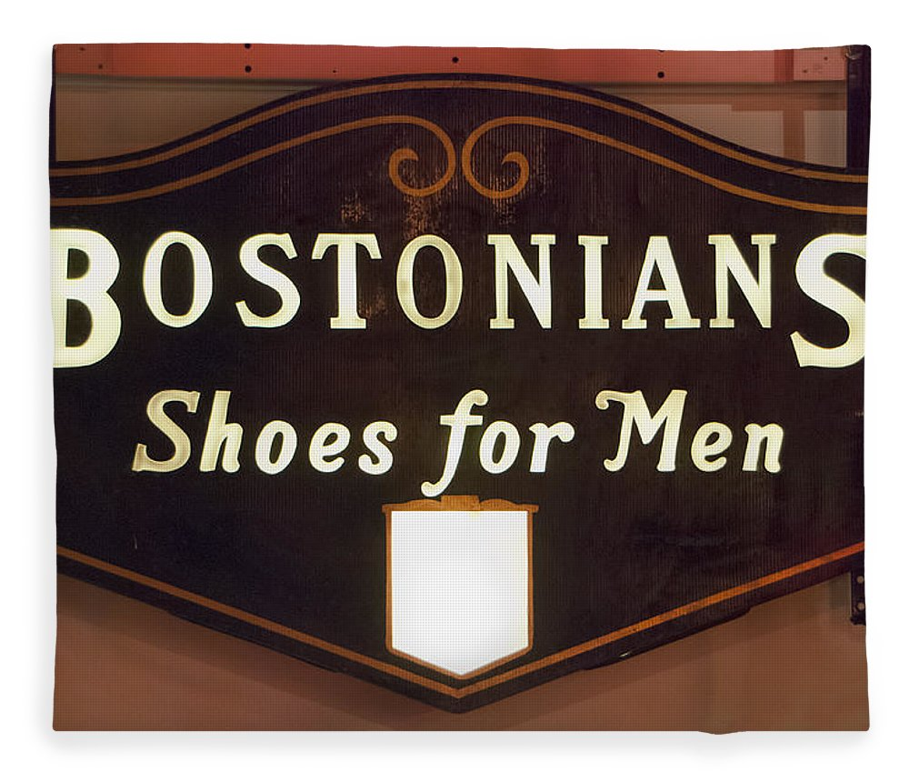 Bostonians Fleece Blanket featuring the photograph Bostonians by Phyllis Taylor