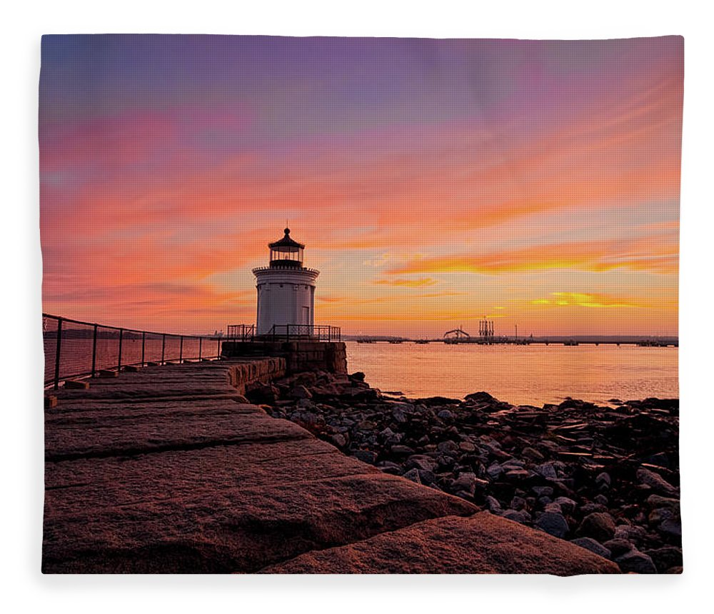 Built Structure Fleece Blanket featuring the photograph Bug Light Sunrise 1899 by Www.cfwphotography.com