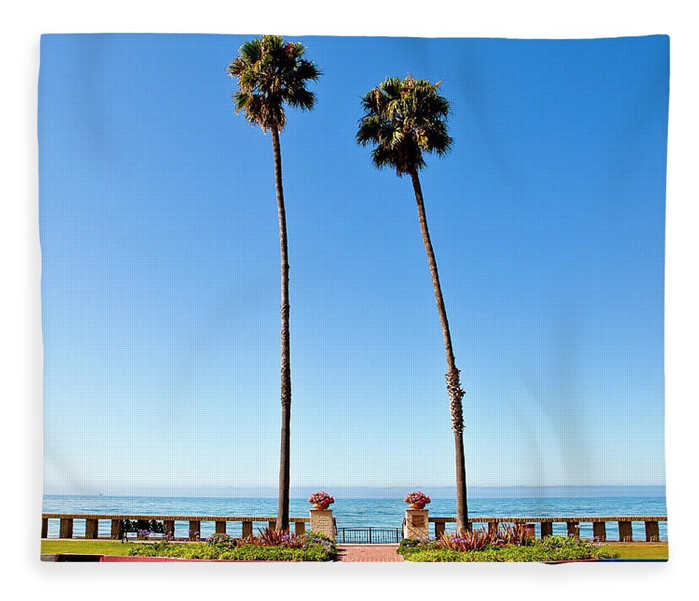 Tranquility Fleece Blanket featuring the photograph Butterfly Beach, Santa Barbara by Geri Lavrov