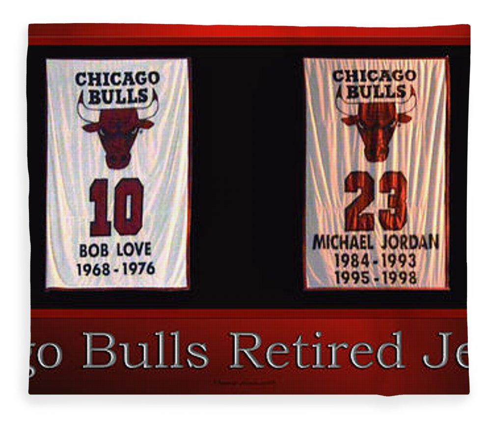 online store f1b5c 7def2 Chicago Bulls Retired Jerseys Banners Fleece Blanket