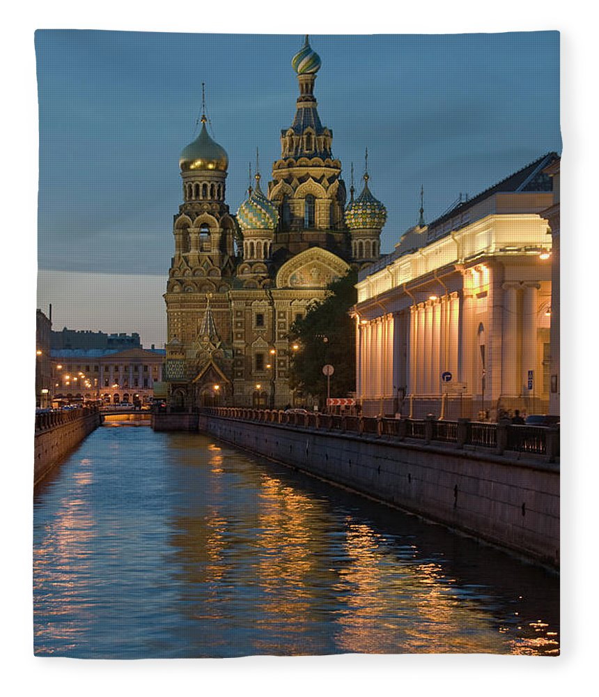 Built Structure Fleece Blanket featuring the photograph Church Of The Saviour On Spilled Blood by Izzet Keribar