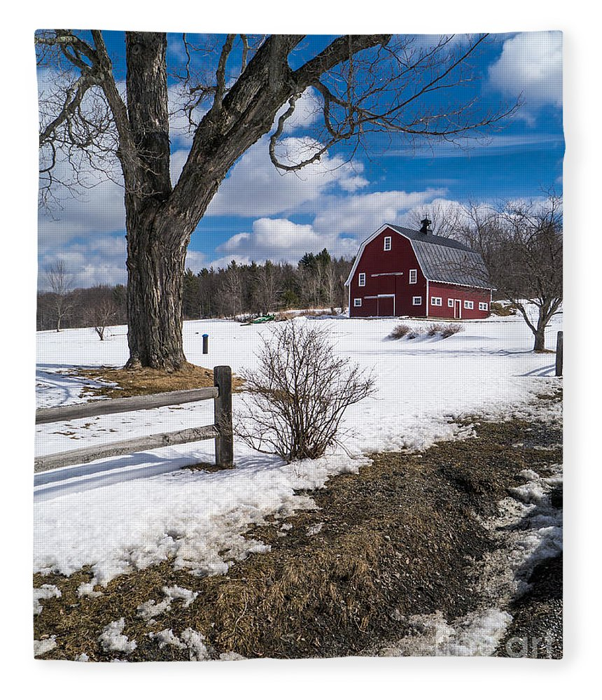 Red Fleece Blanket featuring the photograph Classic New England Farm Scene by Edward Fielding