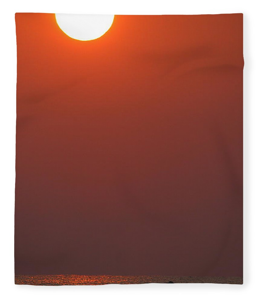 Dawn Fleece Blanket featuring the photograph Dawn Fishing 2am-24908 by Andrew McInnes