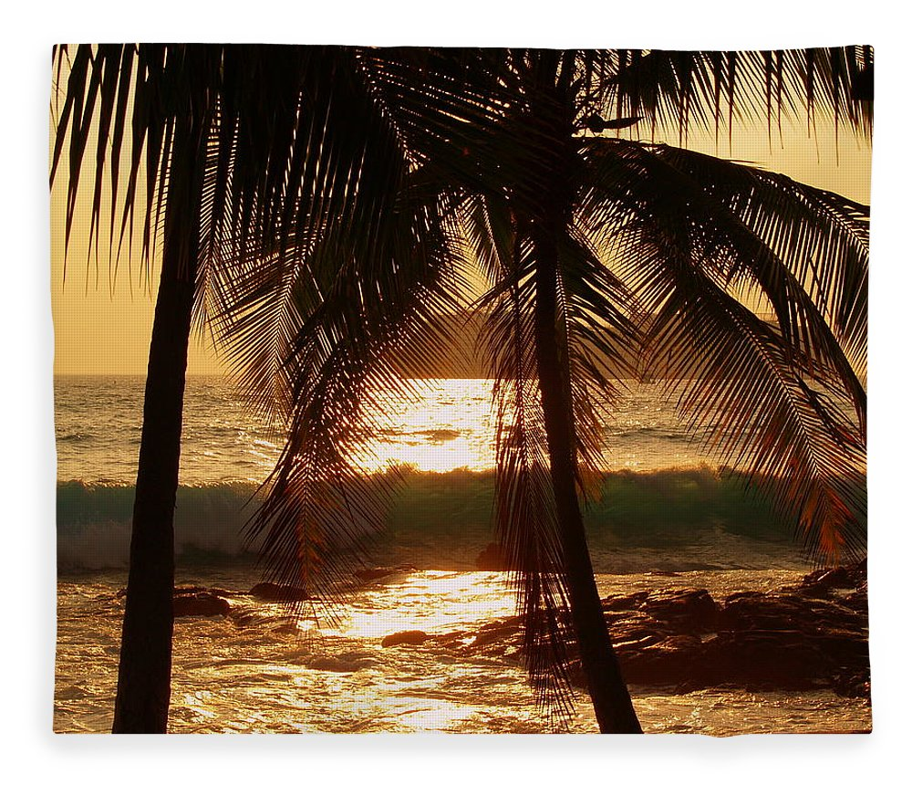 Hawaii# Hawaiian Sunset Fleece Blanket featuring the photograph Dusk by Athala Bruckner