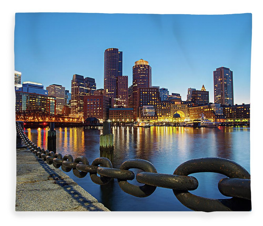 Clear Sky Fleece Blanket featuring the photograph Dusk In Boston by Photography By Nick Burwell