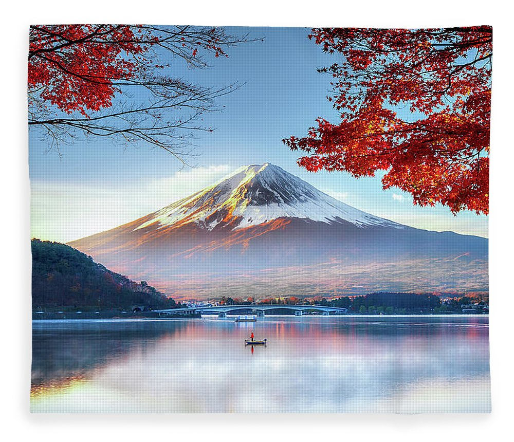 Snow Fleece Blanket featuring the photograph Fuji Mountain In Autumn by Doctoregg