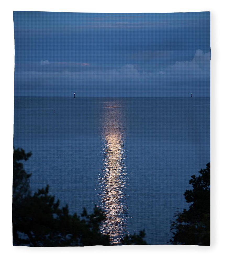 Archipelago Fleece Blanket featuring the photograph Full Moon Over Sea by Johner Images