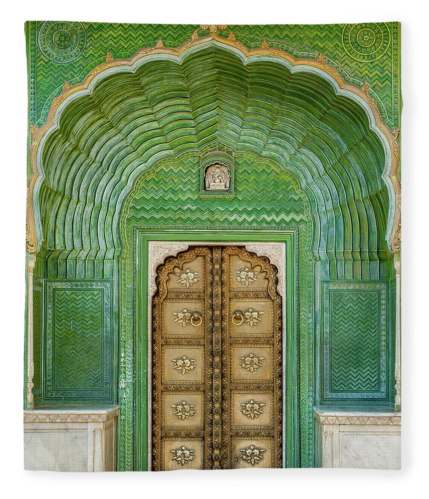 Arch Fleece Blanket featuring the photograph Green Gate In Pitam Niwas Chowk by Hakat