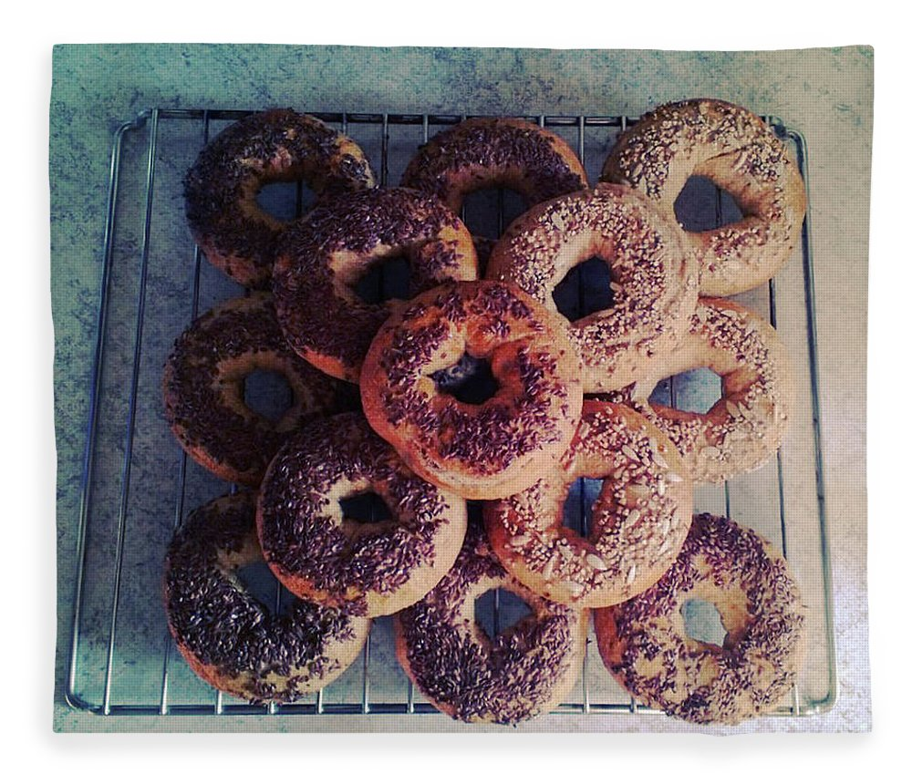 Flax Seed Fleece Blanket featuring the photograph Homemade Bagels by Lasse Kristensen