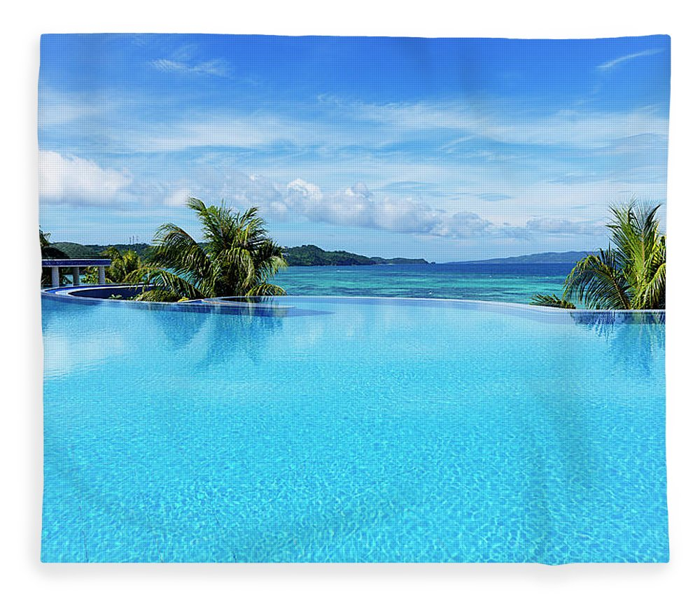 Scenics Fleece Blanket featuring the photograph Infinity Swimming Pool by 35007