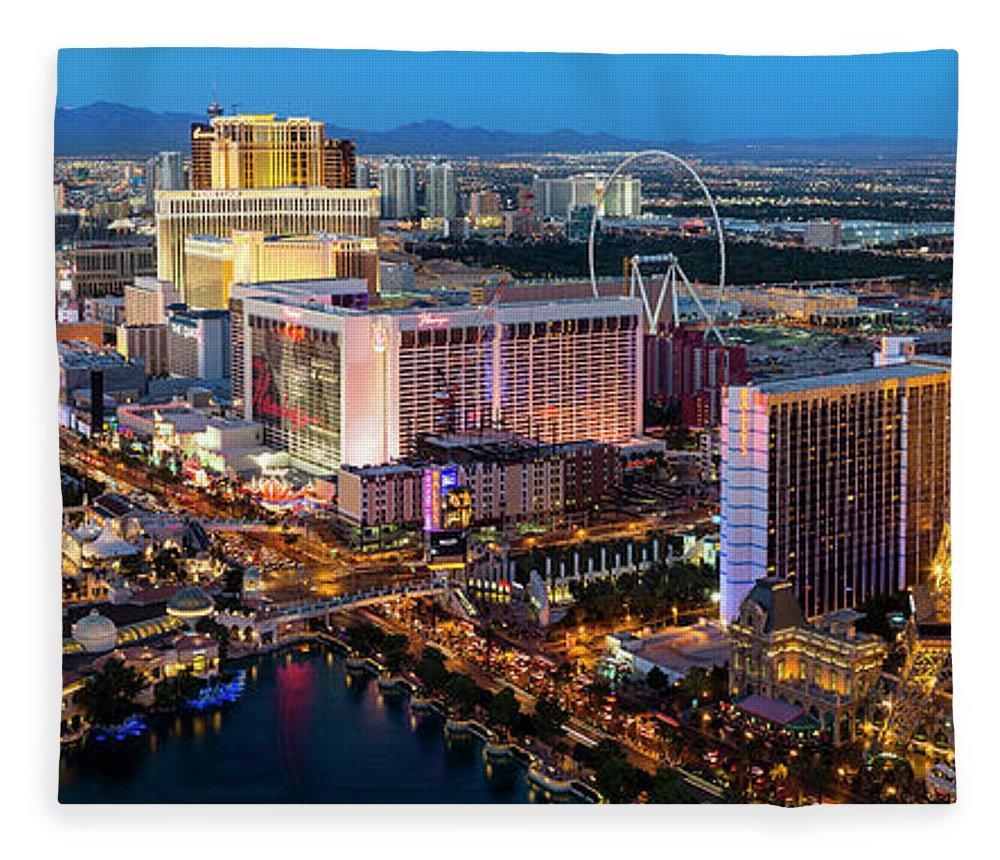 Las Vegas Replica Eiffel Tower Fleece Blanket featuring the photograph Las Vegas Skyline At Dusk by Sylvain Sonnet
