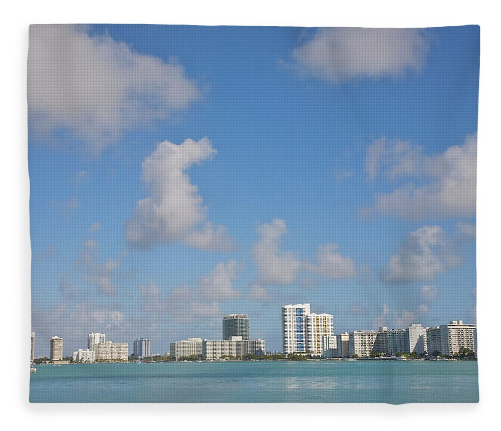 Residential District Fleece Blanket featuring the photograph Line Of White Residential Towers Above by Barry Winiker