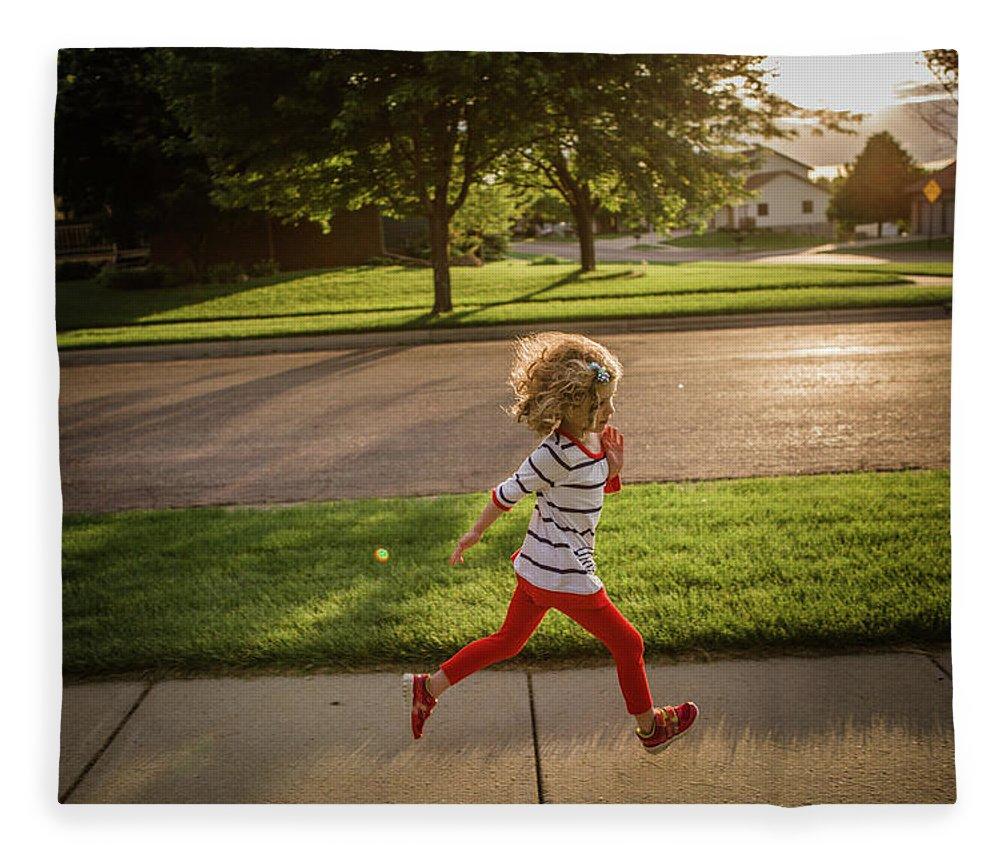4-5 Years Fleece Blanket featuring the photograph Little Girl Running by Annie Otzen