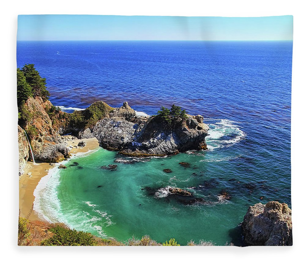 Scenics Fleece Blanket featuring the photograph Mcway Falls by David Toussaint