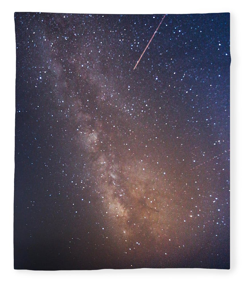 Majestic Fleece Blanket featuring the photograph Milky Way by Luca Libralato Photography