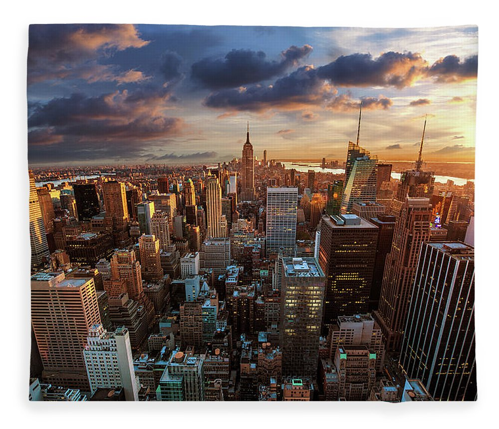 Tranquility Fleece Blanket featuring the photograph New York City Skyline by Dominic Kamp Photography
