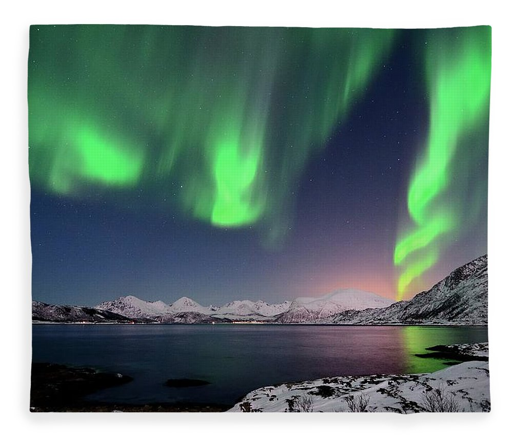 Tranquility Fleece Blanket featuring the photograph Northern Lights And Moonlit Landscape by John Hemmingsen
