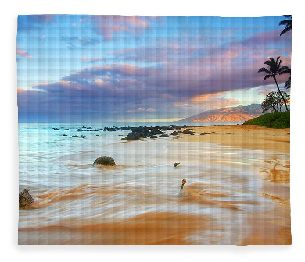 Sunrise Fleece Blanket featuring the photograph Paradise Dawn by Mike Dawson