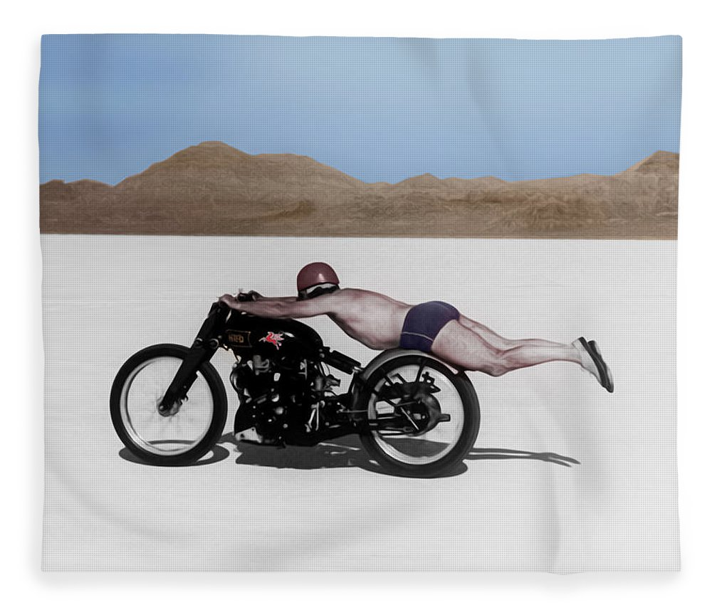 Rollie Free Fleece Blanket featuring the photograph Roland Rollie Free by Mark Rogan