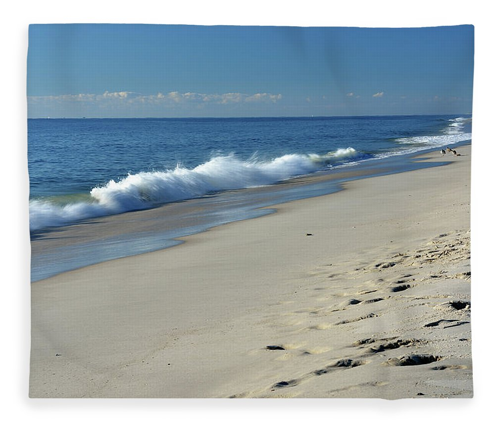 Water's Edge Fleece Blanket featuring the photograph Scenery Of New Jersey Shore by Aimin Tang