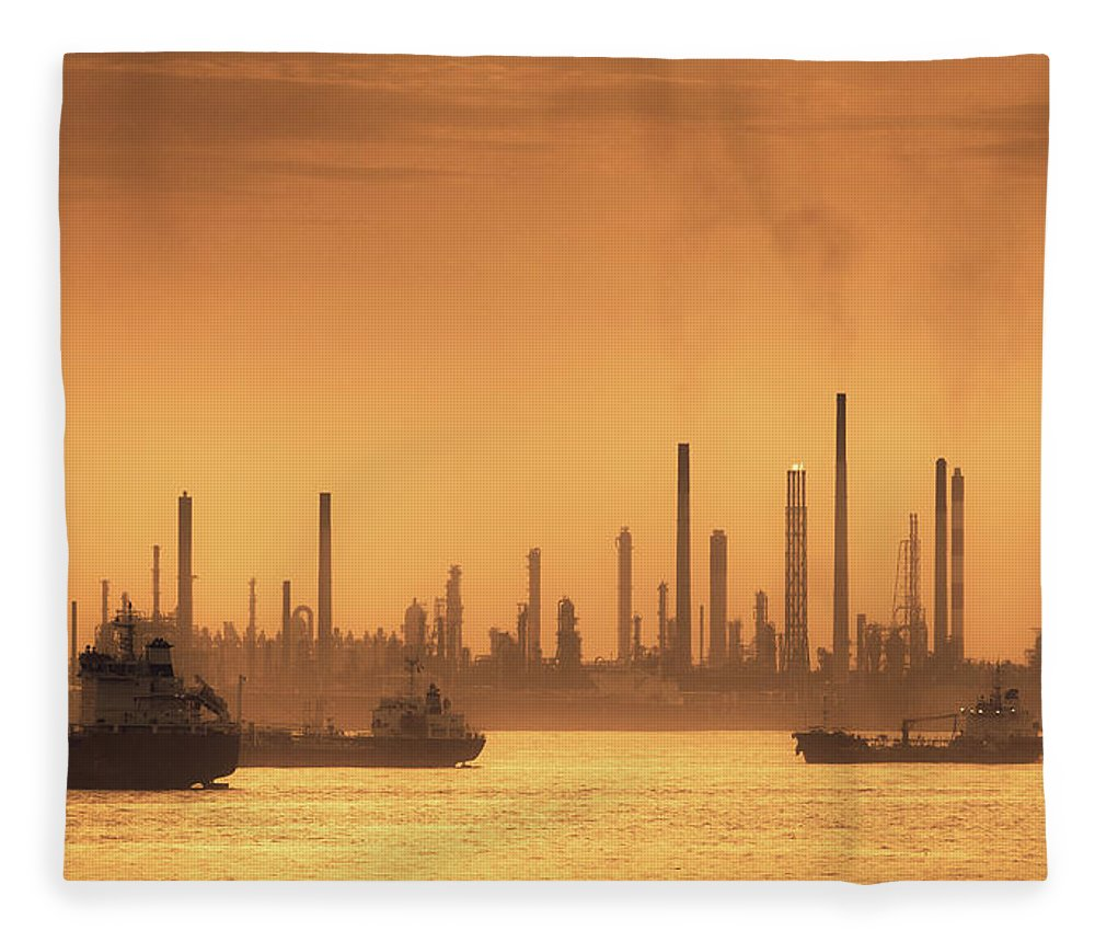Scenics Fleece Blanket featuring the photograph Silhouette Of Oil And Gas Production by D3sign