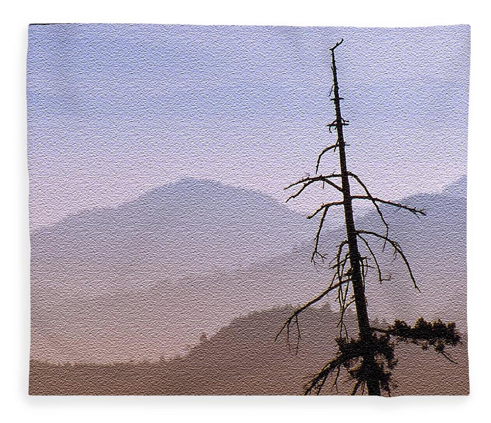 Abstract Fleece Blanket featuring the digital art Snag On The Hill by Richard Farrington