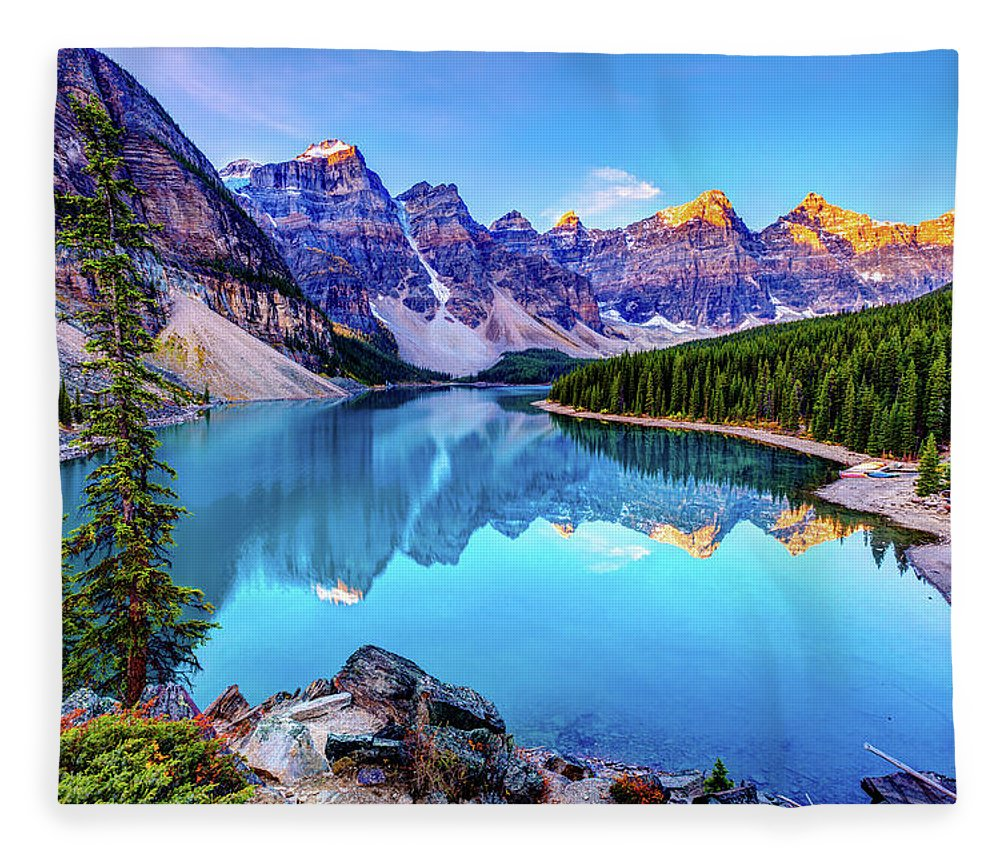 Tranquility Fleece Blanket featuring the photograph Sunrise At Moraine Lake by Wan Ru Chen