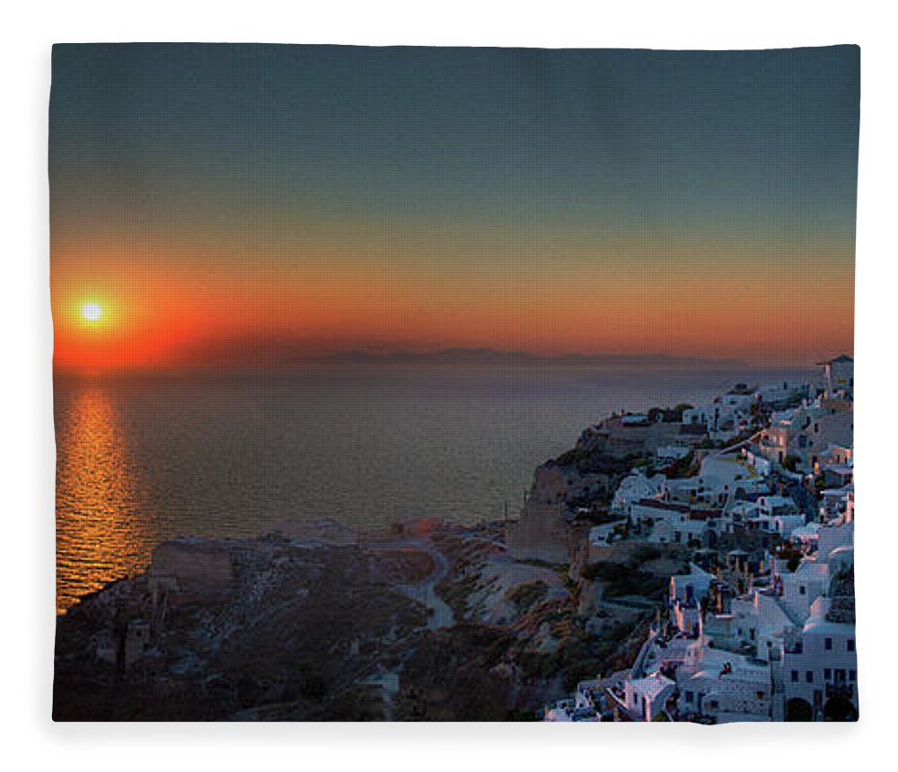 Tranquility Fleece Blanket featuring the photograph Sunset In Santorini, Greece by Ed Freeman