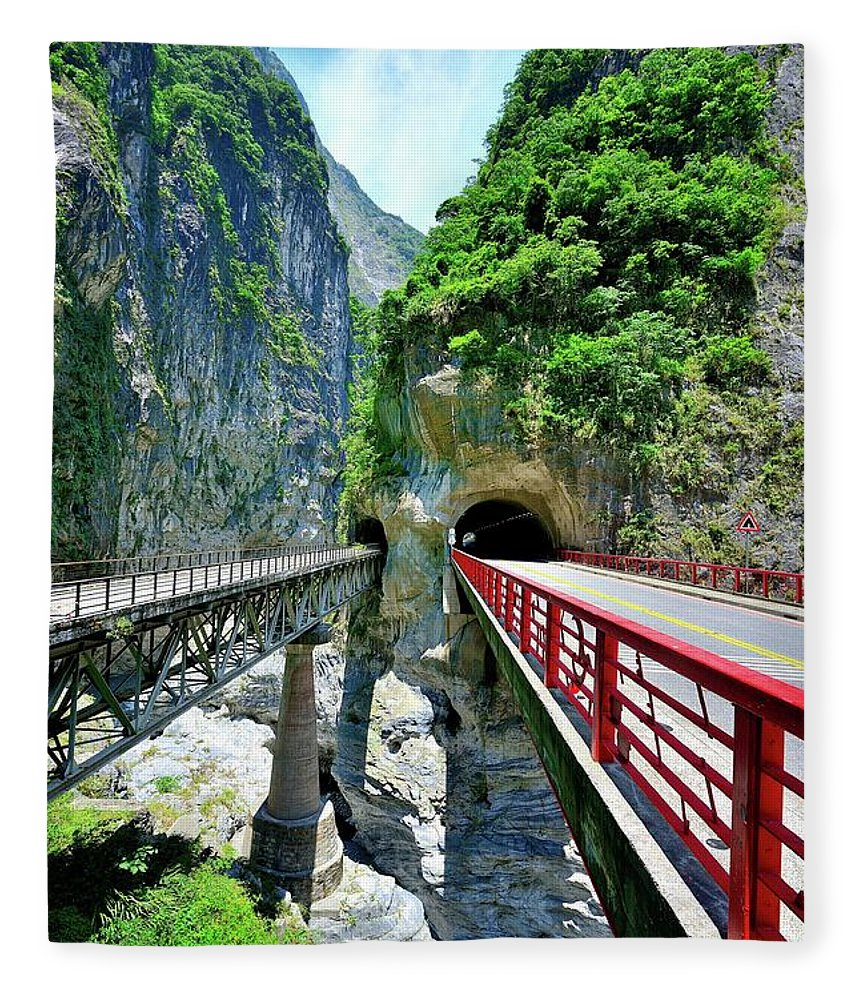 Built Structure Fleece Blanket featuring the photograph Taroko Gorge by Photography By Anthony Ko